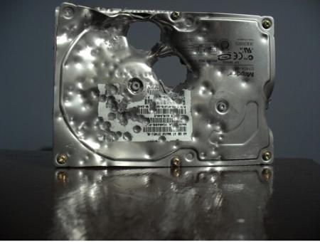 硬盘物理损坏该如何保存数据
